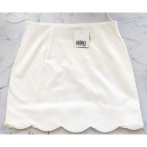 NWT Topshop Scallop Hem Mini Skirt